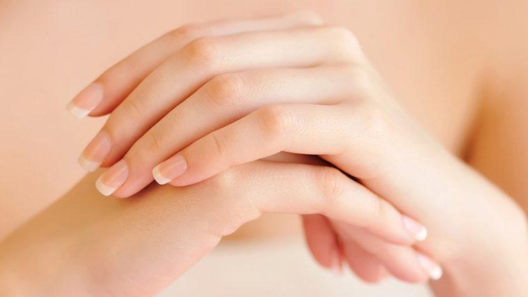 وصفة بسيطة لتفتيح اليدين من اسمرار الشمس
