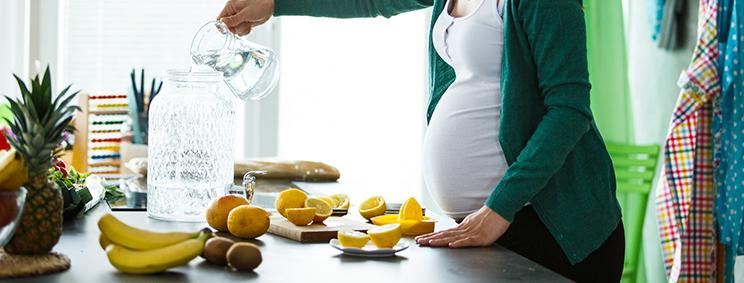6 فوائد لليمون أثناء الحمل.. تعرفي عليها